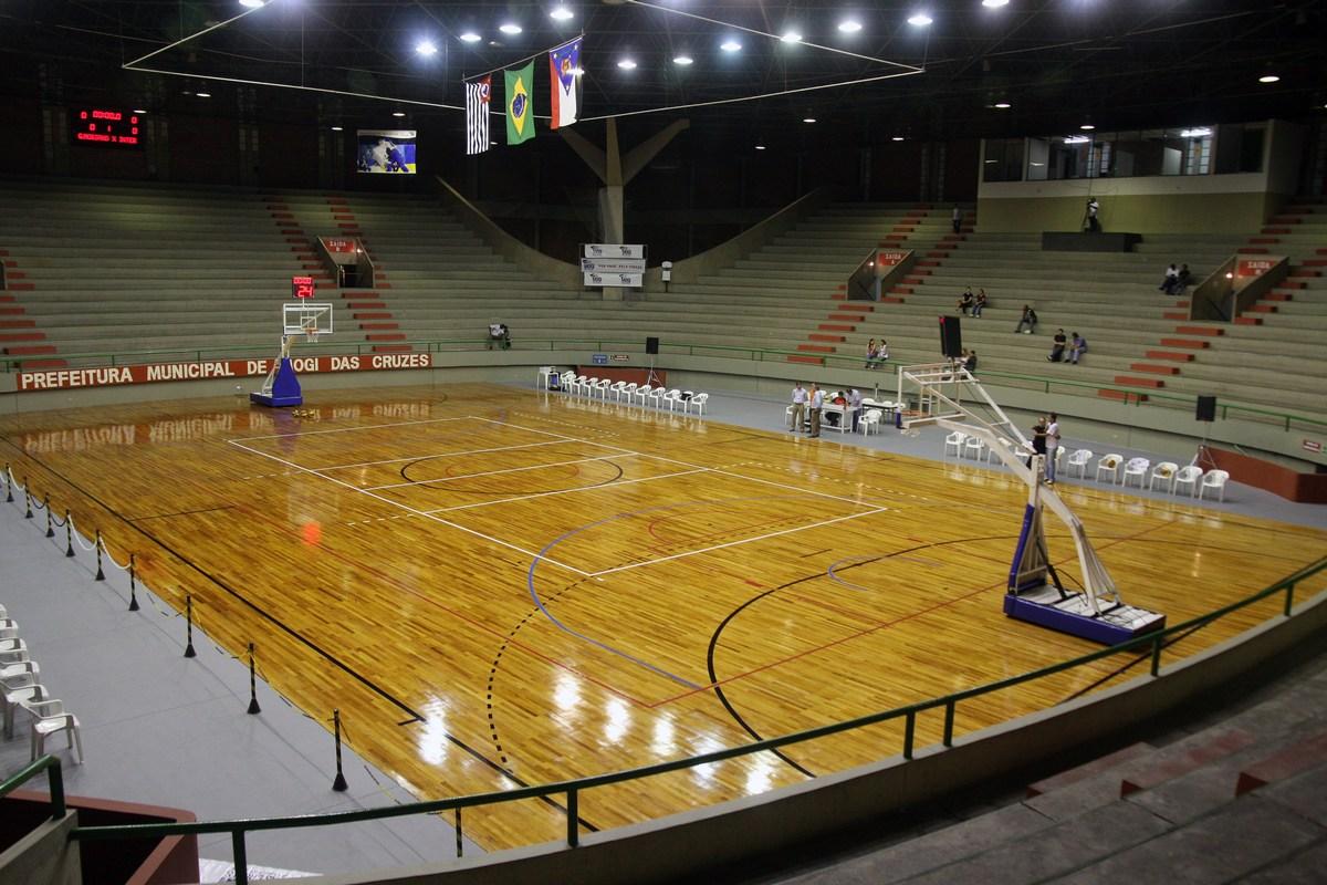 Mogi estreia no torneio novo mil nio de basquete masculino for Piso xose novo freire