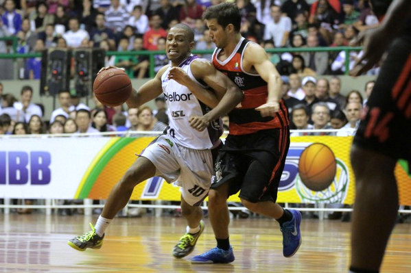 Jefferson Campos, do Mogi. Foto: Luiz Pires/ LNB
