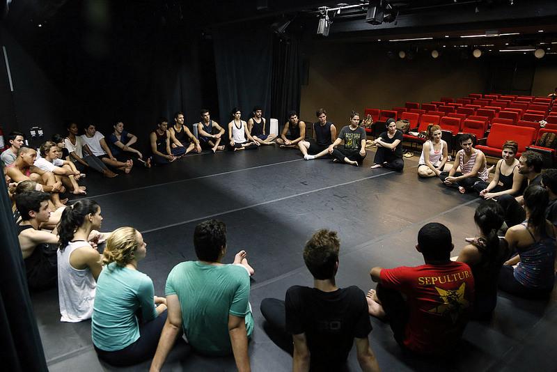 Sesi-SP abre inscrições para o curso de Iniciação Teatral. Foto: Tamna Waqued