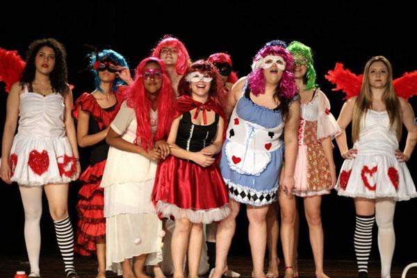 Espetáculo: 'Romeu e Julieta'. Foto: Divulgação/ Internet