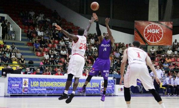 Shamell foi o grande cestinha do Mogi na partida, com 23 pontos. Foto: Cleomar Macedo/ FIBA Americas