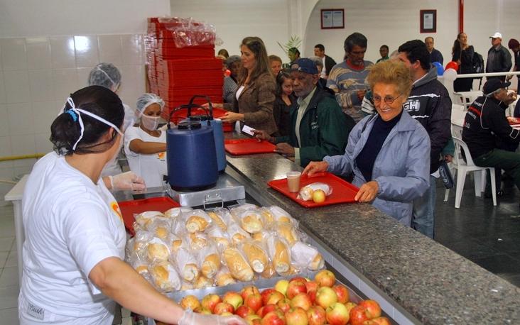A partir do dia 2 de janeiro, o Bom Prato de Mogi ampliará sua cota diária de 300 para 500 cafés da manhã. Foto: PMMC
