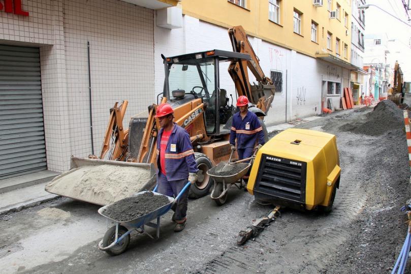 Obras de renovação urbana da Rua Flaviano de Melo